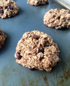 Vegan Nutella Oatmeal Cookies