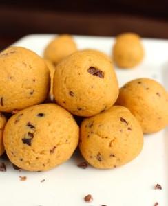 High-Protein Peanut Butter Cookie Dough Balls 2