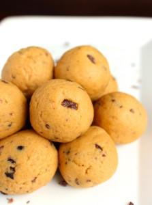 High-Protein Peanut Butter Cookie Dough Balls