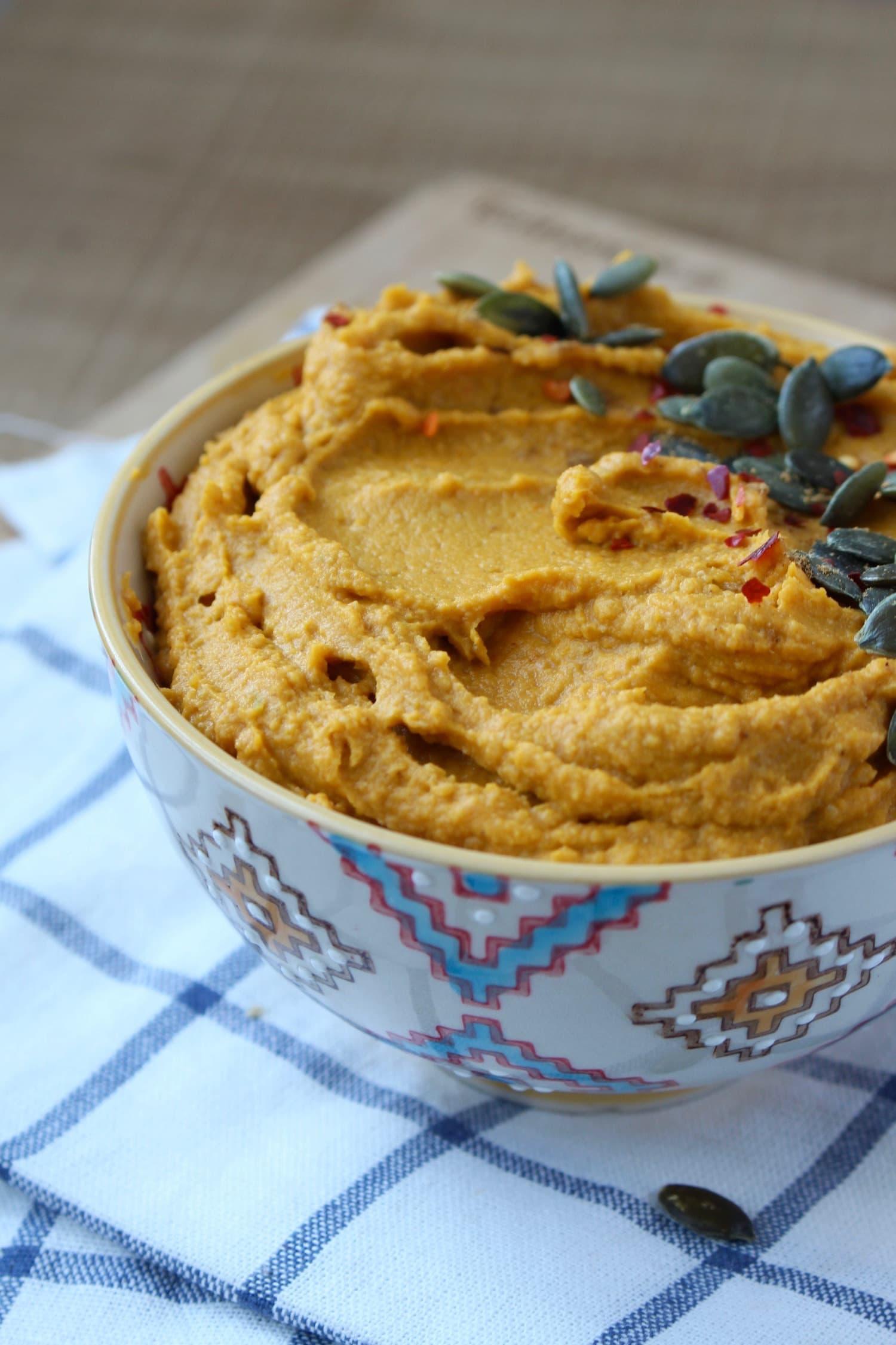 creamy Pumpkin Hummus in a bowl