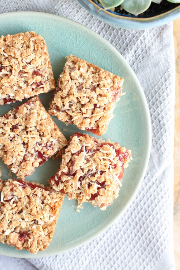Vegan Strawberry Jam Oatmeal Bars on a plate
