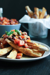 Vegan Chili Loaded Sweet Potato Fries-7