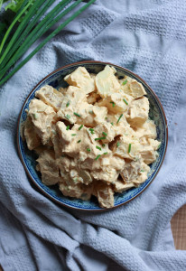 HEALTHY Vegan Potato Salad! If you're like me and grew up eating potato salad all summer long, you'll love this healthy, dairy-free version!-11