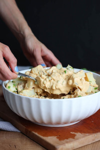 HEALTHY Vegan Potato Salad! If you're like me and grew up eating potato salad all summer long, you'll love this healthy, dairy-free version!-7