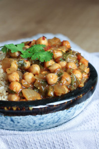 Easy Chickpea Tomato Sauce Curry-1