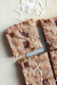 Vegan Coconut Chocolate Chunk Blondies-1