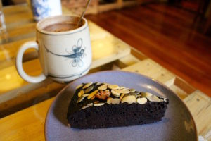 zenith-yoga-cafe-ii-hanoi-vietnam-dark-chocolate-cake