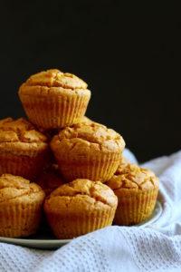 vegan-pumpkin-cornbread-muffins-2