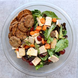 Tofu salad with grapes, carrots and mary's gone crackers