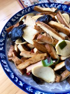 dried tofu, bambo and wood ear mushrooms