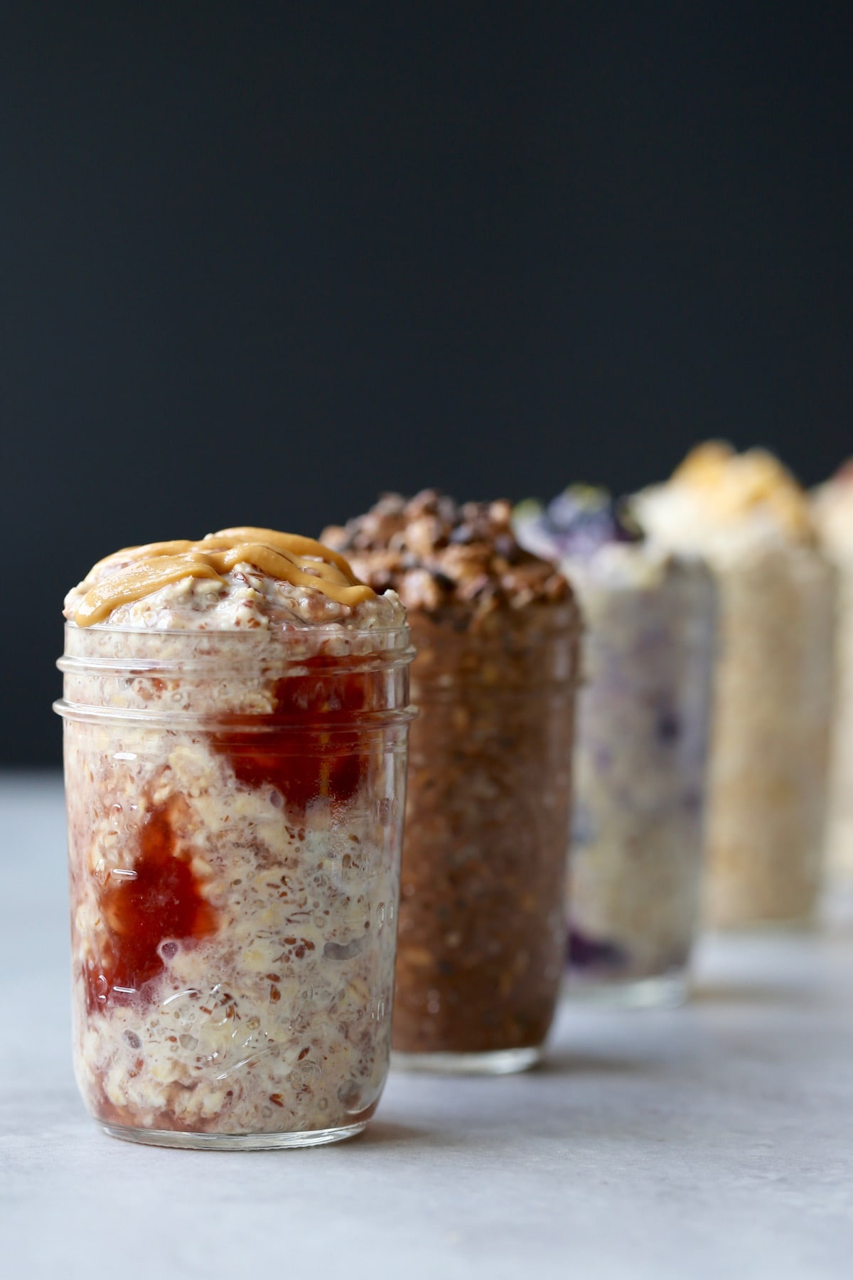 how to meal prep 5 different flavors of overnight oats