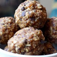 Cinnamon Oatmeal Cookie Dough Balls