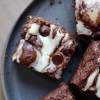 Vegan Cream Cheese Swirl Brownies