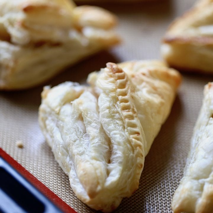 Easy Vegan Apple Turnovers