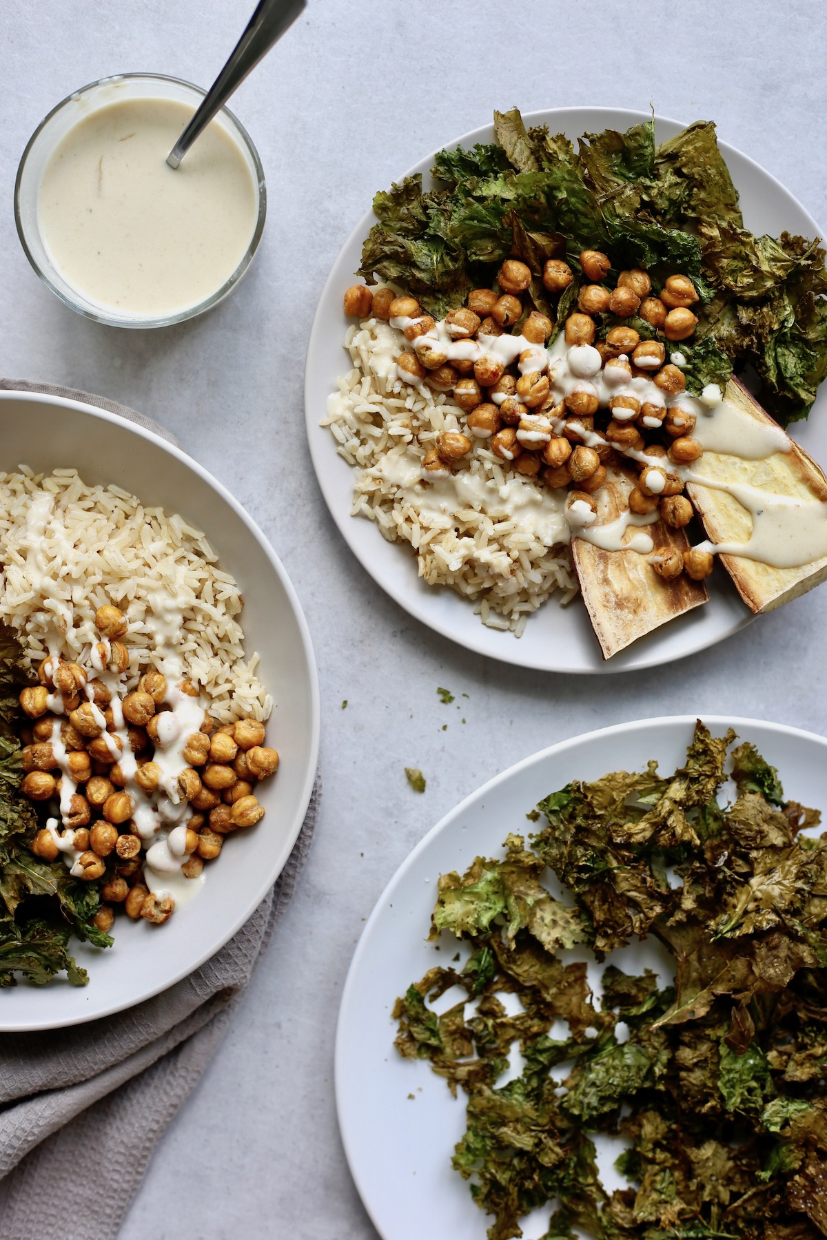Buddha bowls with crispy chickpeas and kale chips